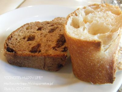 焼きたてのパン.JPG